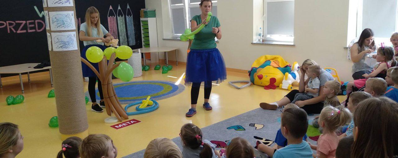 Balonowy teatrzyk